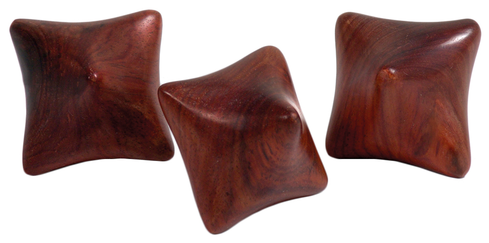 Massagewürfel aus Hartholz